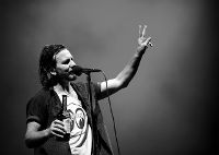 Eddie Vedder Announces Fall 2012 U.S. Solo Tour Dates, Select Tickets Made Available For Reschedule Shows